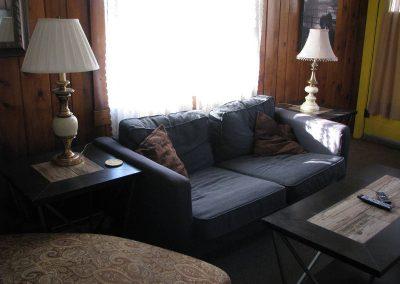 Roxbury South 7 Livingroom