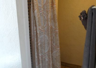 Roxbury South Grotto Bathroom 2