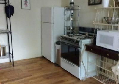 Roxbury West Unit H Kitchen 2