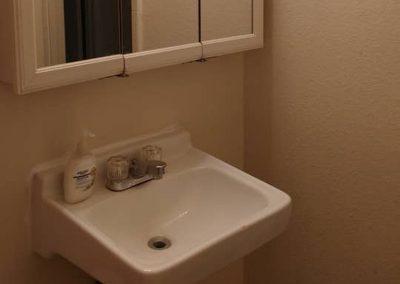 The Roxbuy 1 Bathroom 3