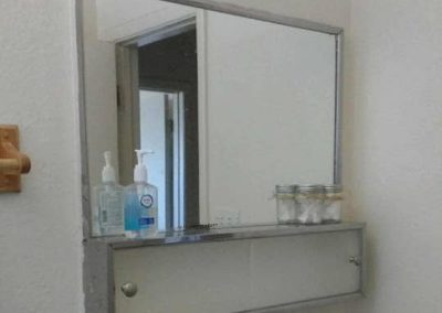 The Roxbuy 10 Bathroom 3