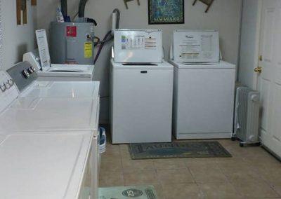 The Roxbuy 10 Laundryroom 4