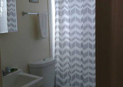 The Roxbuy 14 Bathroom 3