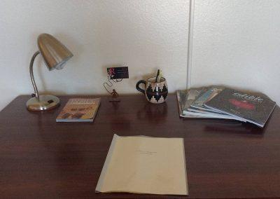 The Roxbuy 14 Desk