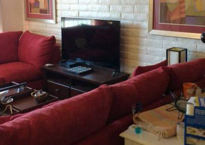 Roxbury South 6 Livingroom